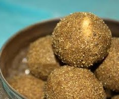 GOND LADDU- RECIPE