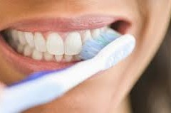 DO TEETH WEAR, IF THEY ARE CLEANED TWICE DAILY