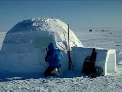 ESKIMOS ARE BUILDING HOUSES WITH ICE. HOW WOULD BE THE FOUNDATION FORMED? ARE THERE SPECIAL MASONS?